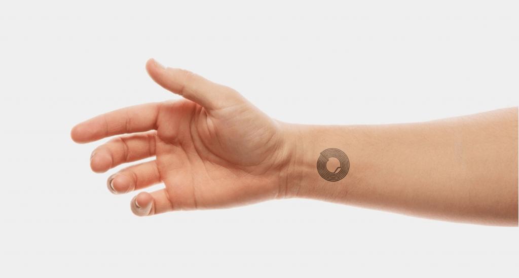 Smart skin représente une nouvelle technologie d'identification. Ultra-portable, elle a été conçue pour les grands événements et festivals